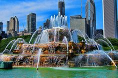 Plan your trip with Skyscanner, one of the world's top travel sites. Find last minute hotel deals, amazing travel destinations, and the cheapest hotels near you. Travel Deals, Travel Destinations, Chicago Attractions, Buckingham Fountain, Chicago Pictures, Last Minute Hotel Deals, Visit Chicago, Grant Park, Photo Maps