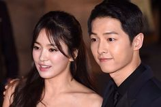 K-ent's Biggest News Story of 2017 Breaks as Descendants of the Sun Costars Song Joong Ki and Song Hye Kyo Confirm October Wedding | A Koala's Playground