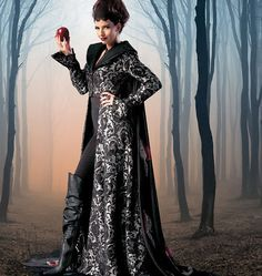 Once Upon a time Inspired Costume - McCalls m6818 - evil queen costume from Picsity.com