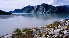 White Thunder Ridge and Muir Inlet.      Read more: http://www.lonelyplanet.com/usa/alaska