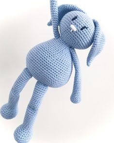 Karlas sleeve til iPad Crochet Toys, Crochet Baby, Knit Crochet, Baby Knitting Patterns, Crochet Patterns, Knitted Animals, Chrochet, Diy Baby, Needlework