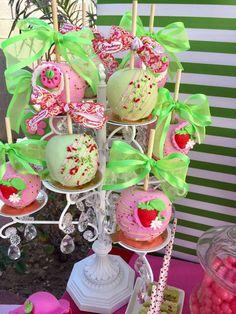 Strawberry Shortcake Birthday Party Ideas | Photo 11 of 38
