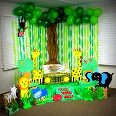 Hand made jungle safari photo booth for my son's birthday party☺️