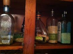 10 ideas para reutilizar y decorar botellas de licor.   Mil Ideas de Decoración