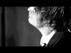 """Peter Doherty Shares Video for Amy Winehouse Tribute """"Flags of the Old Regime"""" 