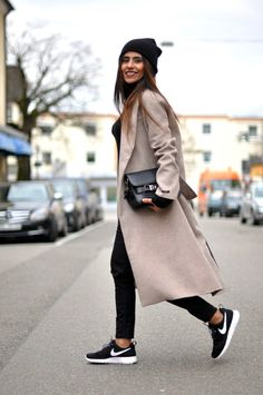 Love the length of the coat. /Fashion Landscape