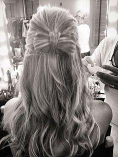 Heidi Klum's bow hairstyle...I love it