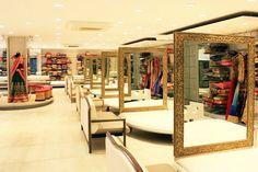 #Fashion #Ahmedabad #Asopalav Showroom Interior Design, Boutique Interior Design, Retail Interior, Furniture Showroom, Showroom Ideas, Clothing Boutique Interior, Clothing Store Design, Boutique Decor, Pooja Room Design