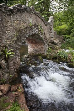 Gallox Bridge, a15th century medieval packhorse bridge - Somerset, England, near Dunster Castle; River Avill