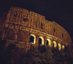 #colosseo #roma #italy #love #rome #beautiful #colosseum #art #instagram #follow4follow #city #travel #instalike #life #photo #instagood #architecture #europe #instalove #igersroma #italia #caputmundi #like #summer #traveling #f4f #street #like4like #wanderlust #gladiator by sendoh