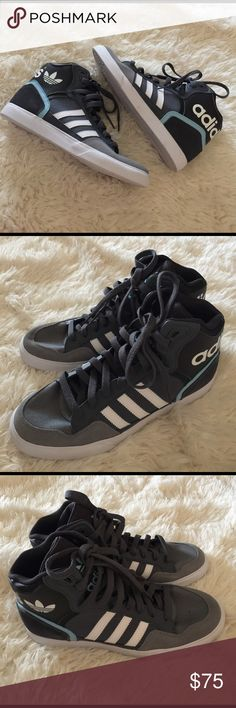 Adidas New Adidas In women size 7.5 Adidas Shoes Sneakers