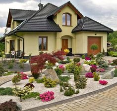 Stone Landscaping, Outdoor Landscaping, Front Yard Landscaping, Outdoor Garden Decor, Outdoor Gardens, Dream Garden, Home And Garden, Garden Landscape Design, Small Gardens