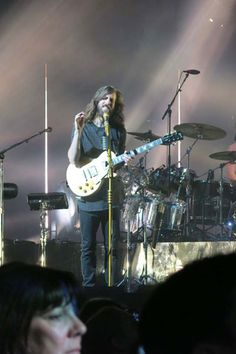Imagine Dragons in concert photo gallery.