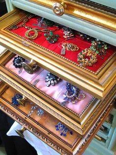 Frames as drawer shelves for jewellery