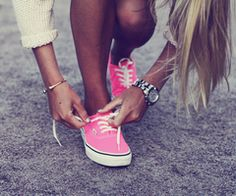 Pink vans + white sweater + beach babe blonde locks + rockin tan + simple silver and gold jewelry