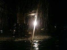 Fuente nocturna
