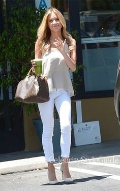 Seen on Celebrity Style Guide: Kristin Cavallari wore white Zipper Capri Skinny Jeans as she gets a Health Drink at Earth Bar West Hollywood on July 15, 2013, Malibu, California