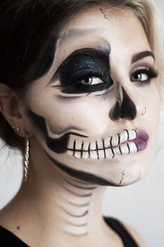"inspiration about Halloween Half Face Makeup Ideas you can read the full article. So checkout Amazing Halloween Half Face Makeup Ideas For You To Try"" Visage Halloween, Half Face Halloween Makeup, Clown Halloween, Halloween Looks, Halloween Costumes, Halloween Halloween, Halloween Contacts, Skeleton Makeup Tutorial, Half Skeleton Makeup"