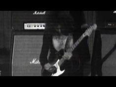 Deep Purple Black Night HD 1972 in Copenhagen via oiesoudou.  Keyboard-Jon Lord,  Drums -Ian Paice,  Guitar -Ritchie Blackmore,  Vocal -Ian Gillan,  Bass -Roger Glover