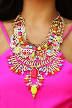 neon colors necklace, Charming statement necklaces http://www.justtrendygirls.com/charming-statement-necklaces/