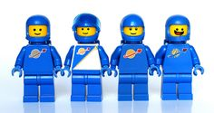 Benny's suits SPACESHIP!!!!!!!!! The LEGO Movie