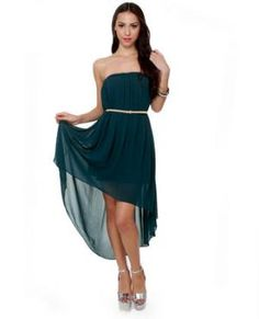 I just love this dress, looks so elegant and simple