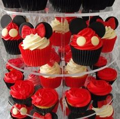 I made this Tower for a recent Wedding Show Fair. Not your usual traditional look but quirky and fun is always good Minni Mouse Cake, Bolo Da Minnie Mouse, Fiesta Mickey Mouse, Mickey Mouse Baby Shower, Mickey Mouse Clubhouse Birthday Party, Mickey Mouse 1st Birthday, Mickey Mouse Parties, Disney Parties, 2nd Birthday
