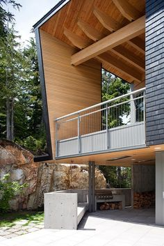 Image 8 of 29 from gallery of Whistler Residence / BattersbyHowat Architects. Photograph by Sama Jim Canzian Houses Architecture, Beautiful Architecture, Residential Architecture, Contemporary Architecture, Architecture Details, Interior Architecture, Modern Contemporary, Timber Structure, Level Homes