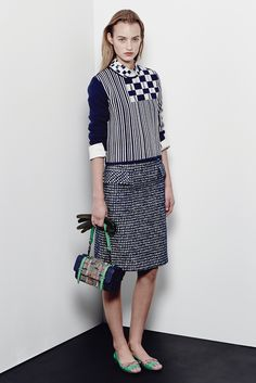 Bottega Veneta - Pre-Fall 2015 - Very closed to the body '60s-ish silhouette