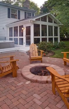Charlotte Deck Builder including porches, patios, outdoor fireplaces, hardscapes and much more.