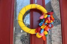 Pretty Balloon Wreath for Spring Birthday Decoration