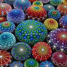 Jewel Drop Mandala Stone Collection #1 von Elspeth McLean