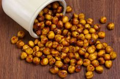 Roasted Chickpea recipes and other healthy snacks. Homemade chips, popcorn, etc Chickpea Chips Recipe, Chickpea Recipes, Chickpea Snacks, High Fiber Snacks, High Fiber Foods, Healthy Snacks, Healthy Eating, Healthy Recipes, Healthy Chips