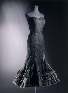 Dress Coco Chanel, 1958 The Victoria & Albert Museum