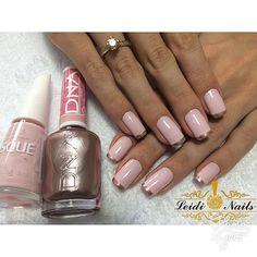 """60 curtidas, 4 comentários - Leidiane Rezende (@leidinails) no Instagram: """"Combinação perfeita #unhadecorada #unhasperfeitas #unhasdeprincesa #lovenails #lovemanicure…"""""""