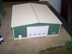 1/64 scale shed/shop for farm toy display DCP