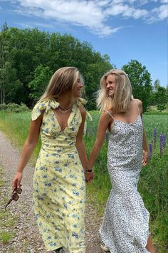 Trendy Outfits, Cute Outfits, Fashion Outfits, Fashion Hair, Foto Best Friend, Mode Dope, Vestidos Vintage, Summer Aesthetic, Mode Inspiration