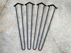 Odnawialnia: Hairpin legs - designerskie nóżki z kryzysem wojennym w tle
