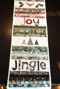 Christmas Table Runner & Tabletop Christmas Tree Skirt Tutorial