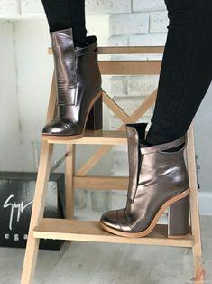 7fe3f394674 LOOKSGALORE.COM ig looksgalore2018. My RockBootie BootsWomen s ...