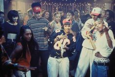 "TLC performing ""Make Some Noise"" with Kid 'N Play in House Party 3 House Party Movie, Party Scene, Tlc Music, Kid N Play, Rap, 90s Theme, 90s Throwback, 90s Hip Hop, Back In The Day"