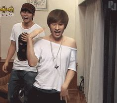Don't worry new fans.. to us old elfs, it is natural to see one of the members.. well.. umm... doing this.....