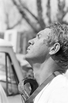 Steve McQueen attore stile moto rockers dandy