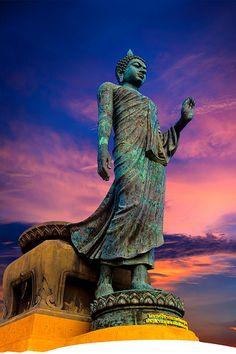 Proto Buddhism - The Original Teachings of the Buddha by Venerable Dr. Gautama Buddha, Buddha Buddhism, Buddhist Monk, Buddhist Art, Art Buddha, Buddha Peace, Buddha Statues, Buddha Wallpaper Iphone, Lord Buddha Wallpapers