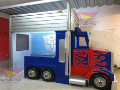 Have You Ever Seen These Optimus Prime Valentines Boxes Baby Bedroom, Baby Boy Rooms, Cool Kids Bedrooms, Cool Beds, Kid Beds, Kids Furniture, Kids Playing, Planer, Dyi