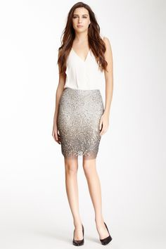 Metal Sequin Pencil Skirt//
