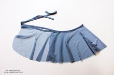 Sewing For Kids Clothes Easy Ballet Wrap Skirt Tutorial 21 - If you ever dreamed to sew dance wear like me and didn't know where to start, this Easy Ballet Wrap Skirt Tutorial is for you! Girl Dress Patterns, Skirt Patterns Sewing, Coat Patterns, Blouse Patterns, Wrap Skirt Patterns, Wrap Skirt Tutorial, Ballet Wrap Skirt, Skirts For Kids, Wrap Around Skirt