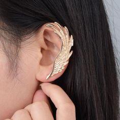 Steampunk Ivory Ear Cuff - ear wrap antique bronze dangle earring non piercing original design - Custom Jewelry Ideas Tiny Stud Earrings, Ruby Earrings, Cartilage Earrings, Simple Earrings, Clip On Earrings, Angel Wing Earrings, Punk Jewelry, Ear Jewelry, Fashion Jewelry