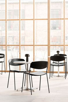 The Pato Table can fit into any décor for a wide range of commercial segments. The choice of materials for the table top - laminate, wood or stone, allows you to create an enjoyable dining experience in any restaurant. #fredericiafurniture #patotable #patotableseries #interiordesign #corporatesettings #restauranttables #cafétables #modernoriginals #craftedtolast Cafe Tables, Restaurant Tables, Dining Chairs, Interior Design, The Originals, Wood, Modern, Commercial, Range