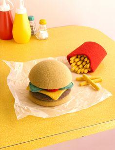 Σπιτικό hamburger, το αγαπημένο!!! Hamburger!!! Τόση νοστιμιά στον ουρανίσκο μας! - See more at: http://www.syntagessas.gr/?q=%CF%83%CF%85%CE%BD%CF%84%CE%B1%CE%B3%CE%B5%CF%82/%CF%83%CF%80%CE%B9%CF%84%CE%B9%CE%BA%CF%8C-hamburger-%CF%84%CE%BF-%CE%B1%CE%B3%CE%B1%CF%80%CE%B7%CE%BC%CE%AD%CE%BD%CE%BF#sthash.njf9tGMf.dpuf